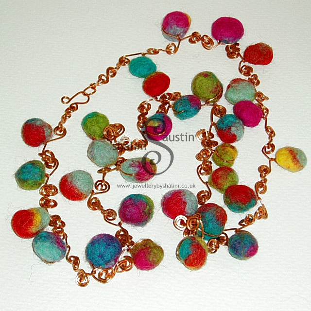 JS-Felt and Wire Carnival necklace-2