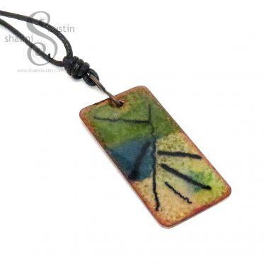 393-14b-enamelled-copper-pendant-thataway