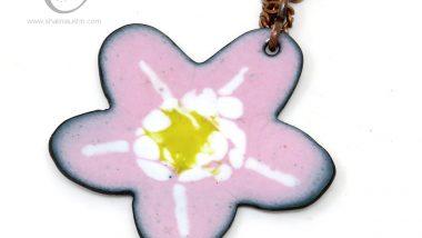 394-8-enamelled-copper-flower-pendant-pink-white